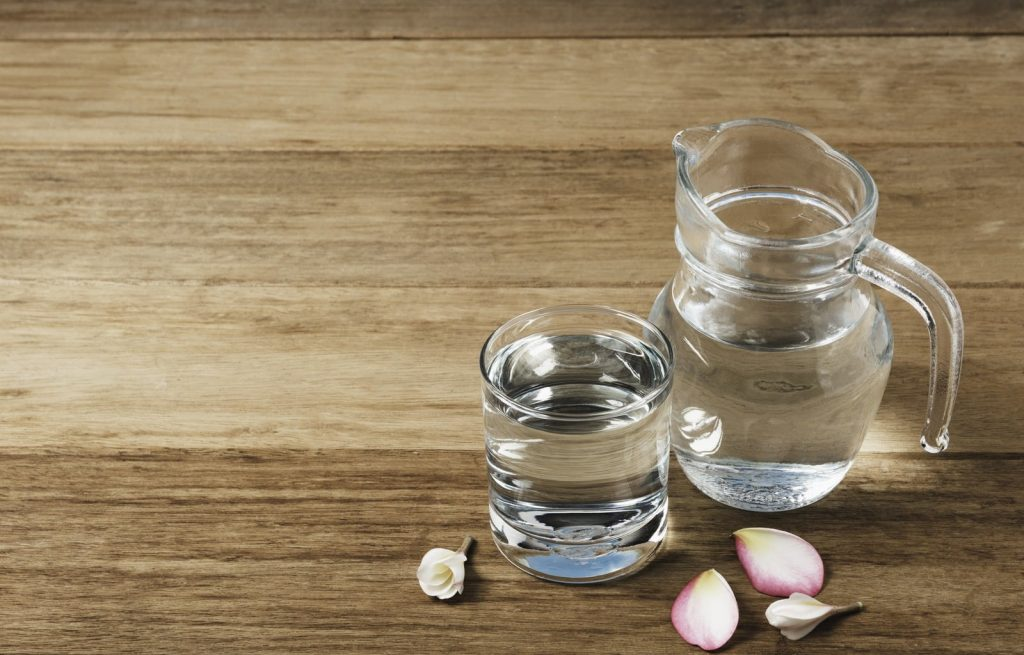 water-glass-with-glass-jar